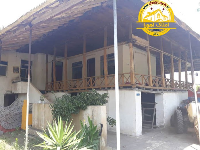 خانه روستایی سنتی نزدیک ساحل
